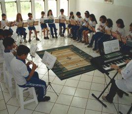 aula-de-música-2001