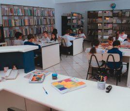 biblioteca-alunos-agape